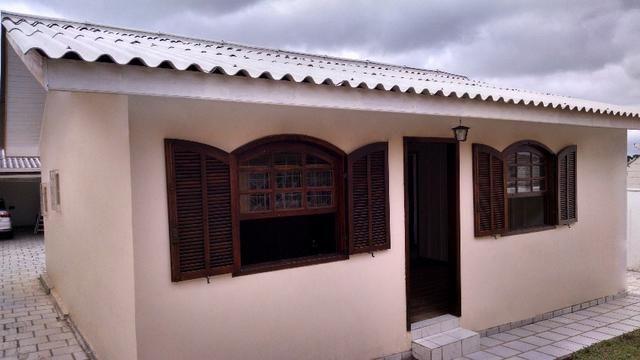 Casa de Fundos no Hauer, 2 quartos para casal sem filhos