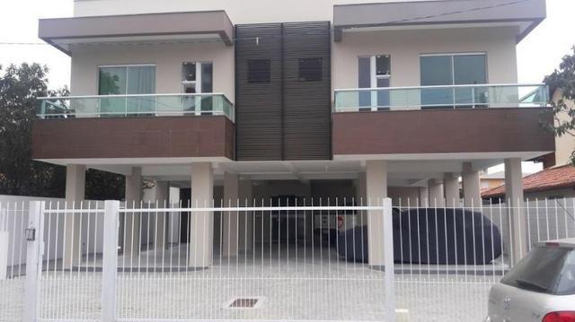 DCO0004-Imperdível Cobertura com 3 dormitórios(1 suíte),2 vagas de garagem próximo a praia