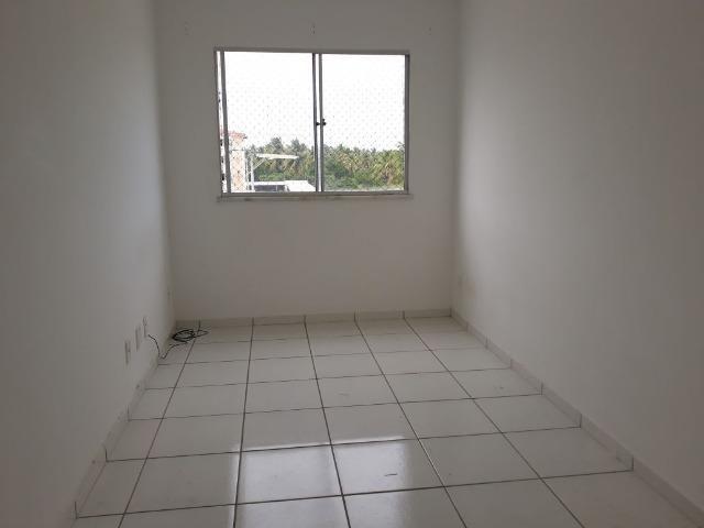 Aluga-se apartamento na Barra dos Coqueiros 2045