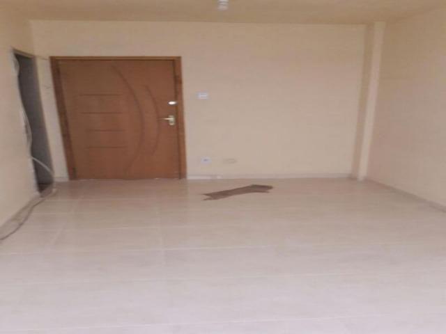 Madureira (Turiaçú) Aptº térreo Sala grande 1Qt Coz Banh Área Garagem Rua sem saída