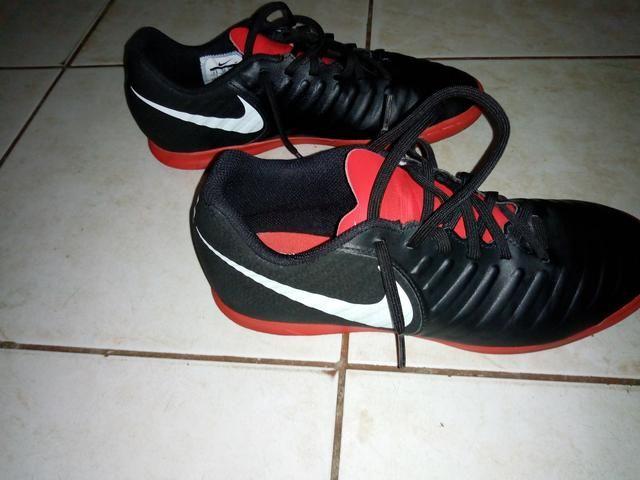 8e22b9d9704f1 Chuteira Nike futsal 39. original. - Esportes e ginástica - Vila ...