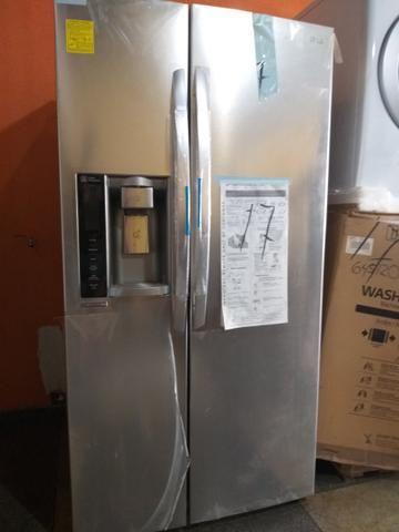 Vendo ou troco geladeira, máquina lavadoura e secadoura_ 62 999 810 656