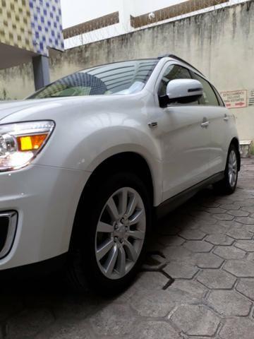 ASX modelo AWD 28.000 km Único dono O mais top que tem 4x4 automatico