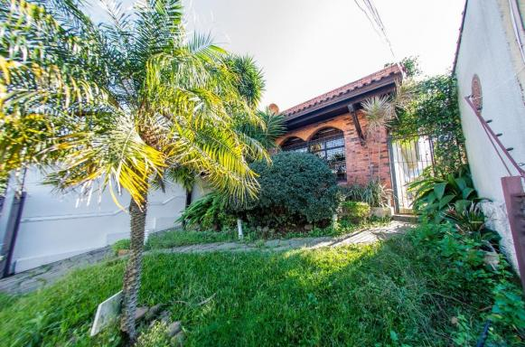 Casa à venda com 3 dormitórios em Cristal, Porto alegre cod:68789