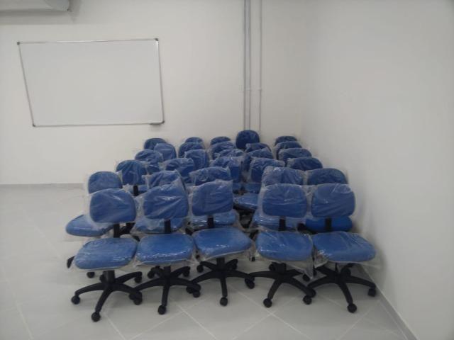 Cadeiras e movéis escolares - Foto 4