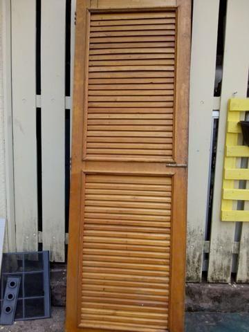 Porta em madeira