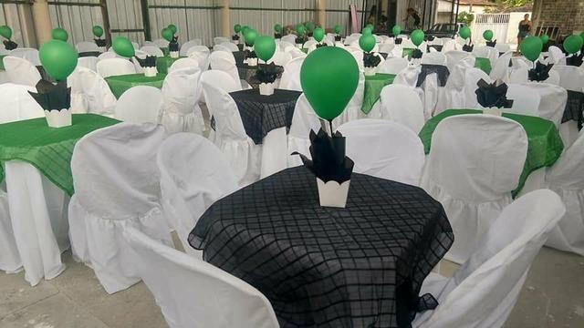 Aluguel de capas de cadeiras e toalhas de mesa - Foto 4