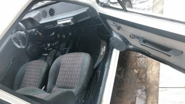 Fiat 147 1.3 Branco - Foto 8