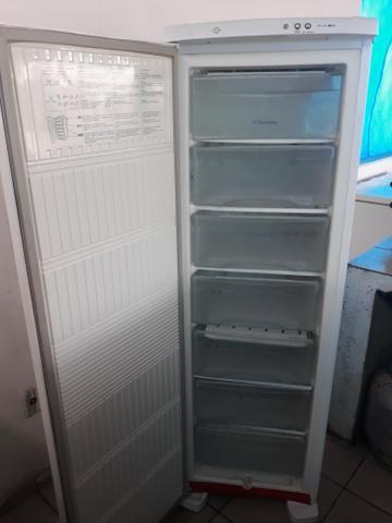 Freezer eletrolux - Foto 2