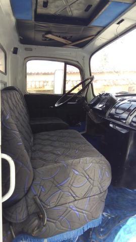 Caminhão semi novo - Foto 2