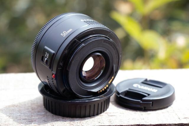 Objetiva Canon 50mm ef sem marcas, fungos ou avaria - Foto 3