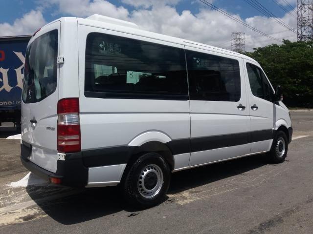 Mercedes-benz Sprinter Van 2.2 Cdi 415 Branca 2019 Nova - Foto 4