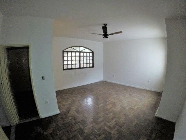Alugo Casa Comercial / Residencial em Jucutuquara com 387m² e 5 quartos - R$ 5.000 - Foto 17