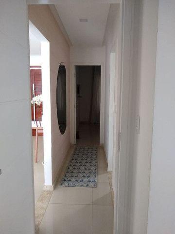 Casa em condomínio fechado, 3/4 um suíte c closet, piscina, área gourmet  - Foto 4