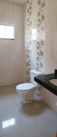 Linda Casa em Goiânia- 3 quartos - Lote Inteito e Amplo - Financia - Foto 11
