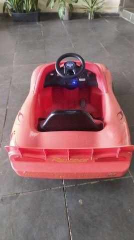 Vendo carro McQueen - Foto 3