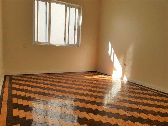 Ap 2 quartos, com churrasqueira, próx. Parcão do Moinhos de Vento  - Foto 3