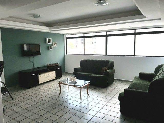 Ponta de Campina  - Vendo apartamento mobiliado! 200 metros do mar!