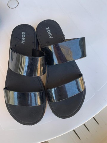 Vendo sandália zaxy - Foto 2