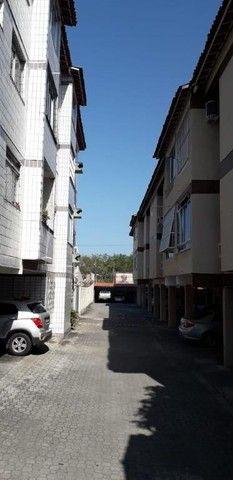 Apartamento com 3 dormitórios à venda, 74 m² por R$ 259.000 - Vila União - Fortaleza/CE - Foto 2