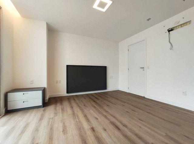Apartamento de luxo a poucos passos da Av. Beira Mar. - Foto 13
