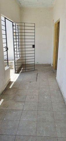 DC- Vendo casa na Cohab. 3 quartos sendo 2 suítes, 100m² e 2 vagas de garagem. - Foto 4