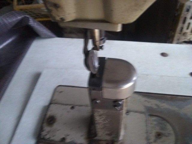 Máquinas de Costura Coluna Ivomaq - Foto 2