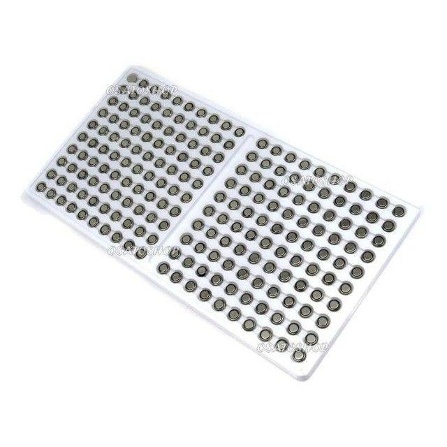 Cartela Com 200 Baterias Ag1 / 364 / Lr60 / Lr621 Para Relógios Calculadoras Etc.