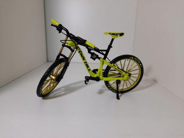 Bike ,miniatura downhill, - Foto 2