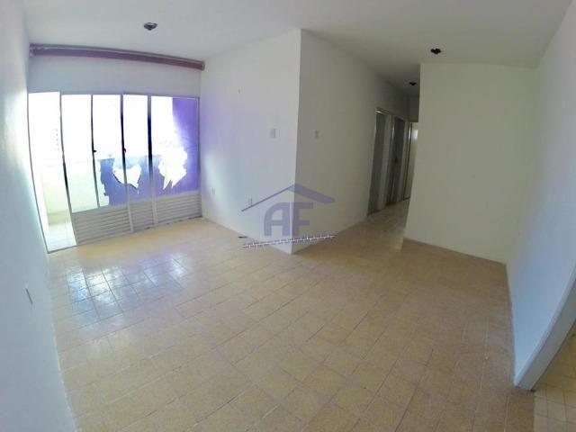 Apartamento com 3 quartos sendo 1 suíte - Edifício Marinos - Jatiúca