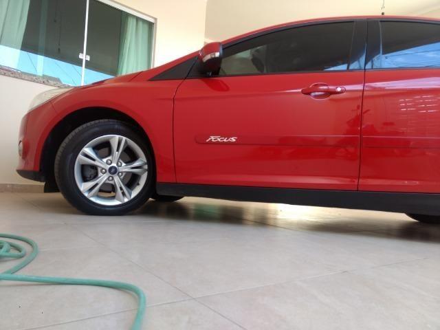 Ford focus novíssimo [ vendo ou troco] - Foto 4