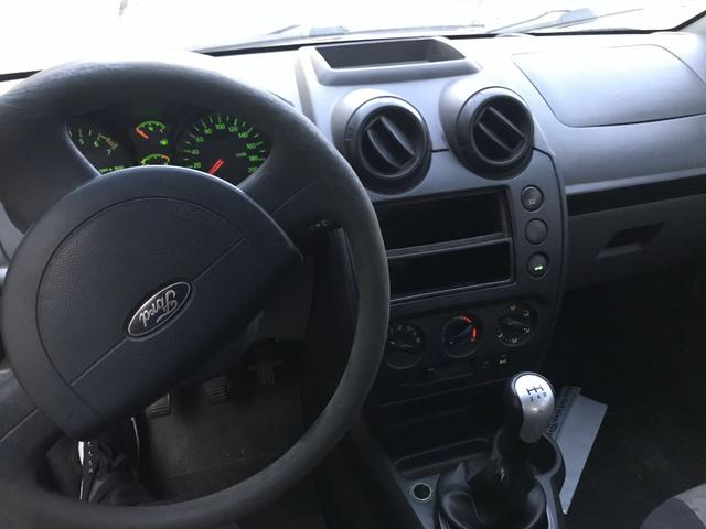 Fiesta 1.0 2008 - Foto 5