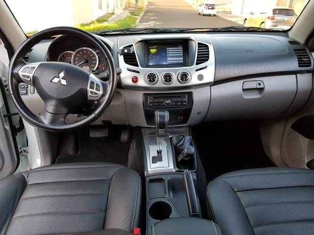 Mitsubishi L200 Triton HPE 3.2 2015 Automática - Foto 9