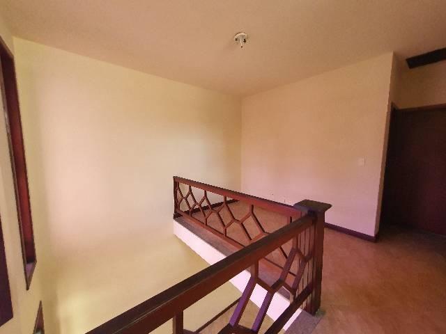 Casa duplex espaçosa de frente pra Rodovia 3 quartos churrasqueira  - Foto 10