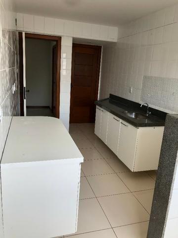 Pelegrine Apart. 105 m², 3 quartos, 1 suíte, 2 vagas, armários, lazer completo, Itaparica - Foto 7