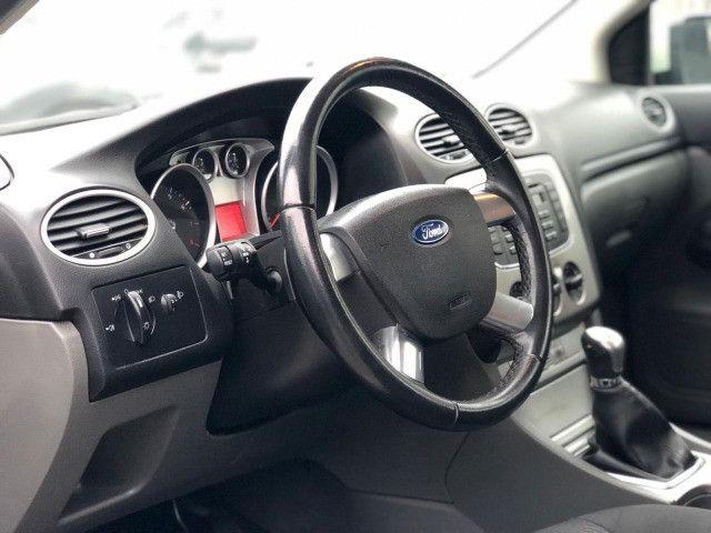 Ford Focus 2011 1.6 Manual - Foto 9