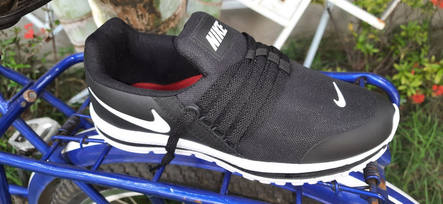 Tênis Nike cor preto n° 38 39 40 41 42 43