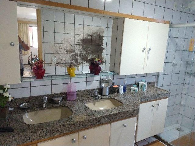 Apartamento Nascente no melhor do Bairro Meireles ao poucos metros da Beira Mar - Foto 13