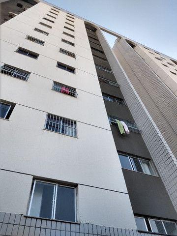 Apartamento no bairro Benfica ao poucos metros da Ufc - Reitoria