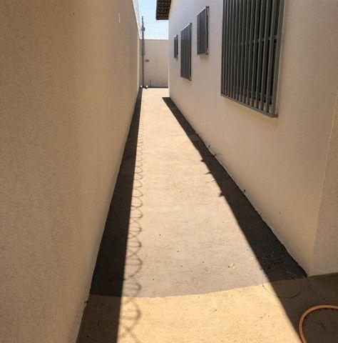 Linda Casa em Goiânia- 3 quartos - Lote Inteito e Amplo - Financia - Foto 7