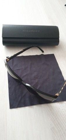 Óculos de Sol Burberry Quadrado BE4181 Masculino - Preto - Foto 2