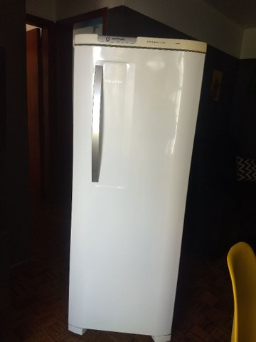 Geladeira Electrolux frostfree