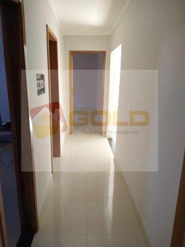 Casa para Venda em Uberlândia, São Jorge, 3 dormitórios, 1 suíte, 2 banheiros, 2 vagas - Foto 13