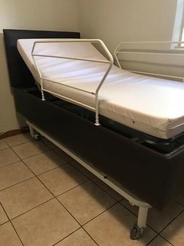 Cama Comfort articuladas, com controle remoto Pilati