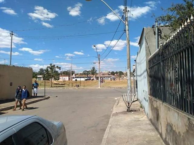 QR 1031 Lote Com Casa Ao Lado Avenida Comercial, 02 Quartos - Foto 2