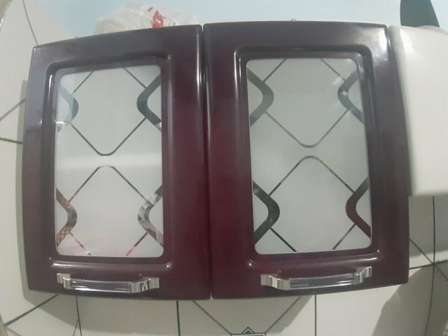 Vendo armario e paneleiros de ferro - Foto 2