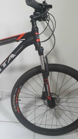 Bike aro 29 GTA freios hidráulicos Oportunidade - Foto 5