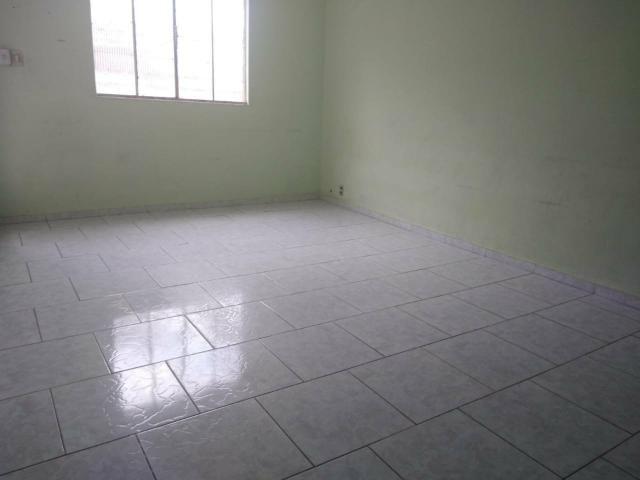 Vendo 02 casas com piscina terreno 180mil - Foto 7