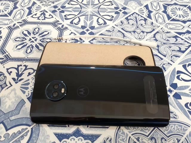 Moto G6 Plus 4 gb de RAM e 64 gb de memória interna e TV digital - Foto 6