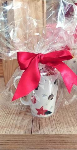 Canecas natalinas recheadas com bombons 19,90 - Foto 3